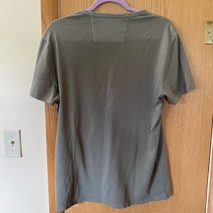 Banana Republic Shirts - Men's Banana Republic Pocket T-Shirt Size M